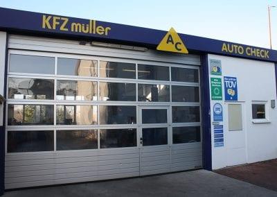 Lichtsektionen-Sektionaltor_KFZ-Mueller